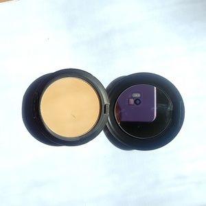 MAC Cosmetics Makeup - MAC Studio Fix Powder NW22